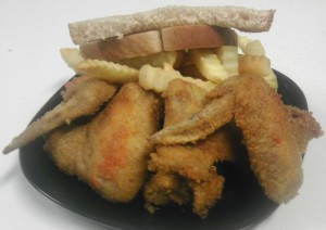 #5 4pc Whole Wings, Fries & Drink $6.50